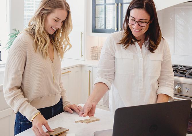 A California Closets designer on a design consultation with customer